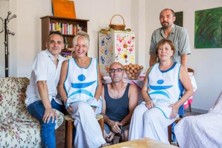 Casa Arca, la famiglia ritrovata di Lucio