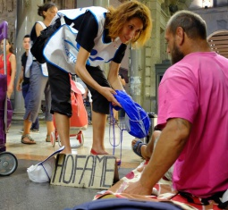 L'agosto di Progetto Arca: unità di strada e acqua fresca contro l'afa